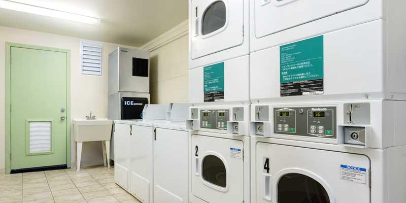 셀프 서비스 세탁 시설